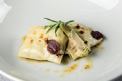 Ravioli de alcachofa Prat con vinagreta de frutos secos