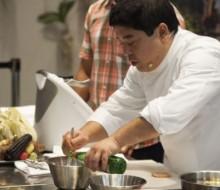 La cocina de Mitsuharu Tsumura sale de Perú